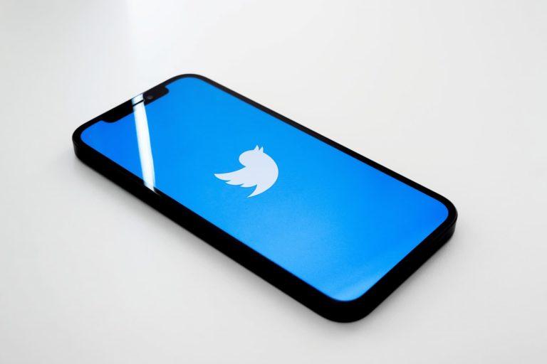 Seguir masivamente en Twitter
